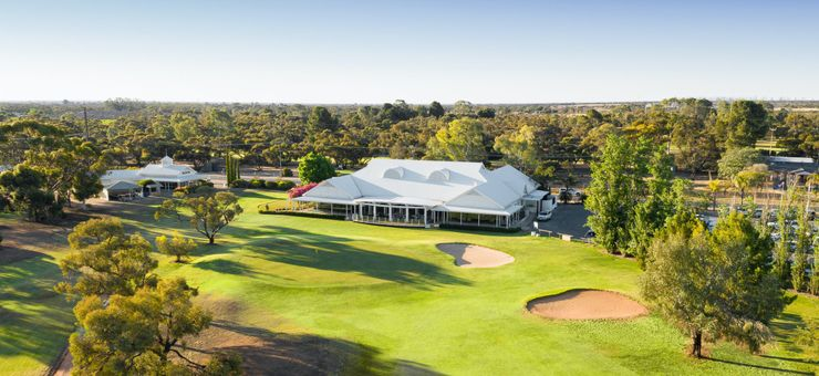 Two Riverland golf packages to enjoy this winter